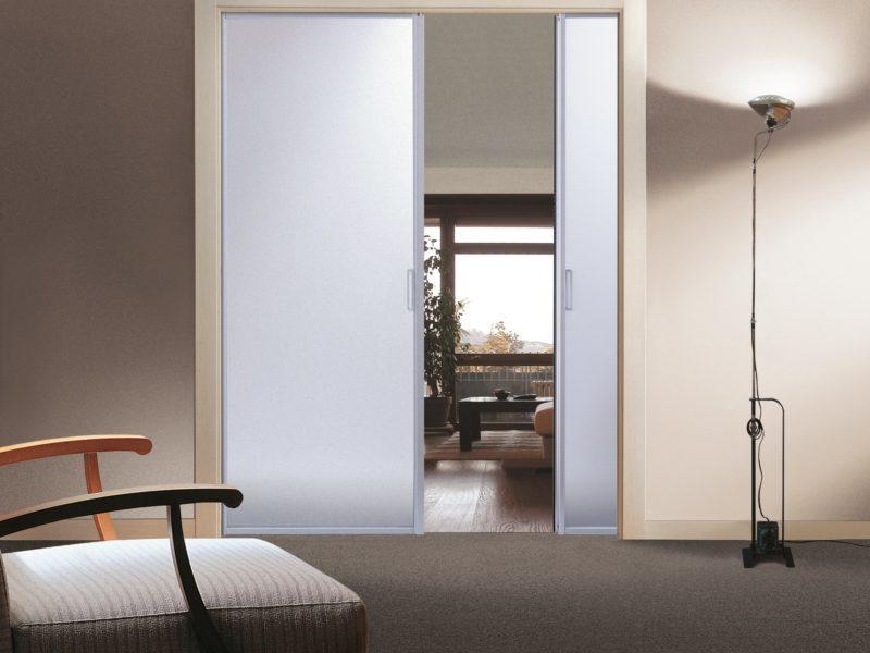 Vendita e montaggio porte interne porte in legno porte in alluminio porte in vetro ferrerolegno - Montaggio porte interne video ...